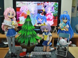 Lucky Star Figma Christmas by OvermanXAN