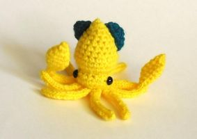Crochet and Knit Squid pattern available by StarbeamerPatterns