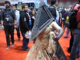 Lady Pyramid Head by MJCa6oose