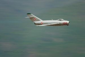 MIG-17 by jdmimages