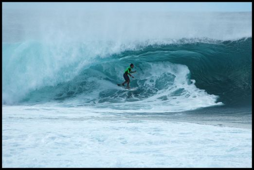 Pipeline Surfer North Shore by rx7