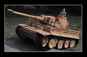 Tiger 1 Heng Long repaint by FarawayPictures