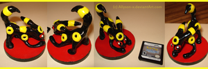 Umbreon Sculpture by Allyson-x