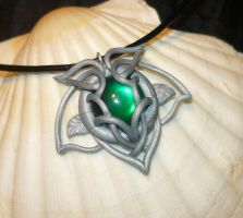Ivy Light - handsculted Pendant by Ganjamira