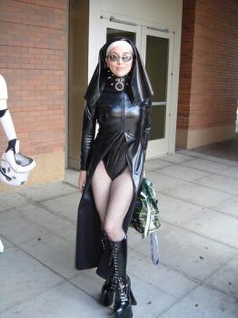 Gencon 2005 Costume - The Nun by lady-atropos