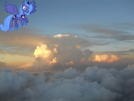 Luna and a sea of clouds by ToaDJacara