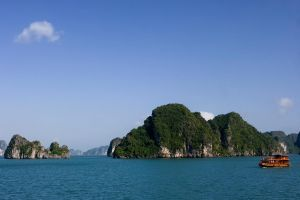Halong Bay IV by cjmchch