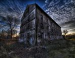 Abandoned building by kubica