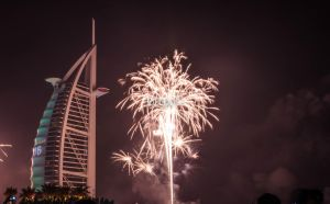 FIREWORKS AT BURJ ALARAB (NEW YEARS EVE) by pirotskye