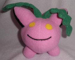 Hoppip custom plush by Kitamon