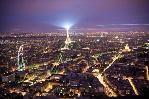 Paris by night by cRomoZone