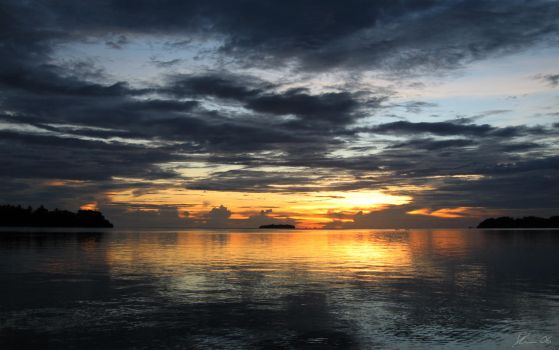 Solomon Islands Sunset II by Daviegunn