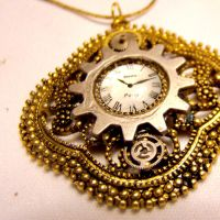 Neo Mechanical Clock Pendant by SteamSociety