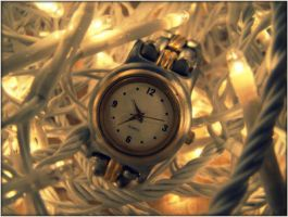 It is time. by Zwoing