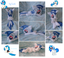 .: Vinyl Scratch Beanie :. by Fallenpeach