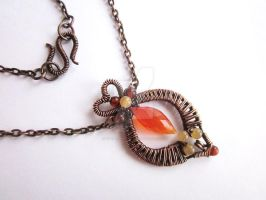 Pendant with carnerial, amber and quartz by eyebrightart
