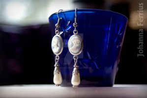 Victorian Antiqued Silver Lady Cameo Retro Earring by Johanna-Ferrius