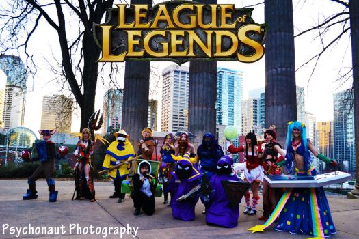 League of Legends Group by Kitsu-Nova