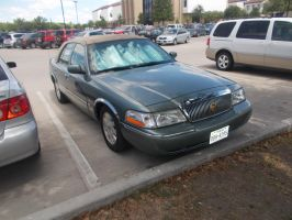 2005 Mercury Grand Marquis by TR0LLHAMMEREN