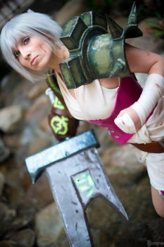 Preview: Riven, the Exile - League of Legends by jillian-lynn