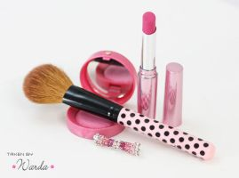 pinky make up by WarDaT