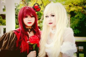 AIW : Red and White by MIZUKIxT