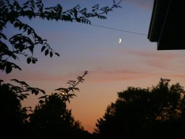 Moon and Sunset by sobie182
