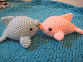 - Pink and Blue Dolphin Amigurumi - by awkwardsoul