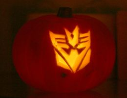 Decepticon Pumpkin by mikedaws