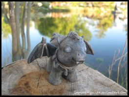 Baby gargoyle for Jupi by ImmortalPanda