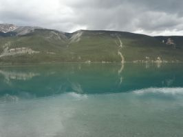 Lake and Mountains 2 by FallingWithoutStyle