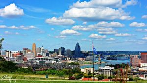 Cincinnati skyline. by virnagray