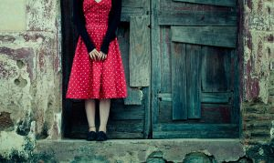 Red Dress by cande-knd