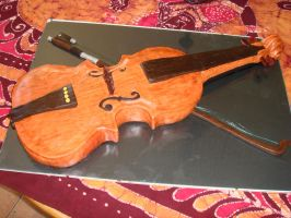 Violin by Shoshannah84