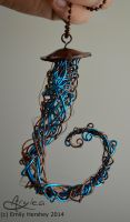 Dual-Color Metal Jellyfish by Aryiea