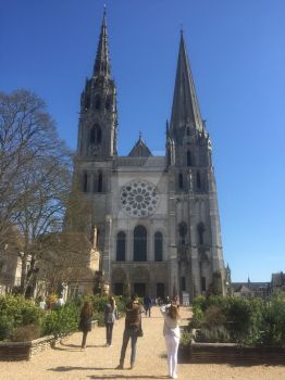 Notre-Dame de Chartres by MiyaDrawsThings