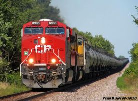 New CP ES44AC 8935 leads UP OCHSJ 21 Oil train by EternalFlame1891