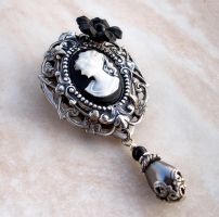 Black Cameo Brooch by Aranwen