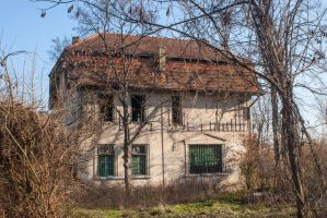 Abandoned House 6 by bhorwat