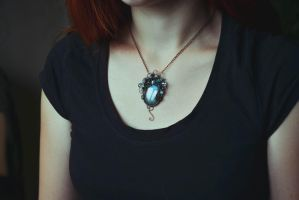 Blue Labradorite Necklace by BeautyCreek
