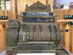 An old cash register! by Scarletcat1