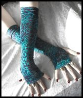 Plume de Lune Arm Warmers by ZenAndCoffee