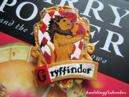 Gryffindor Crest Magnet by puddingfishcakes