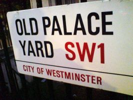 Old Palace Yard by evilminky666