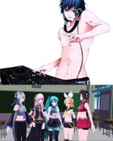 Smexy Kaito... *u* (Miku And Friend's Reaction) by jrikkocabatasedit