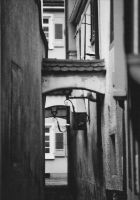 Schmale Gasse by RobVinc