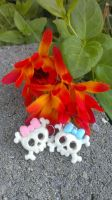 Blue-pink And White Skull Ear Rings by Rini-Dragoone