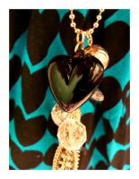Wear your heart on a necklace by xcopafacex