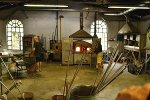 Workshop of Murano glassware by gabiano