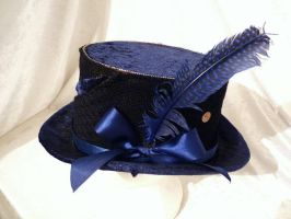 black and blue top hat by Serata